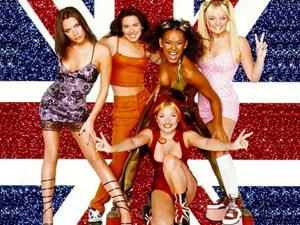 Роб явно още си пада по сънародничките си от Spice Girls, които през 90-те бяха на върха на класациите